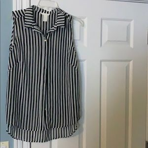 H&M top black and white striped sleeveless